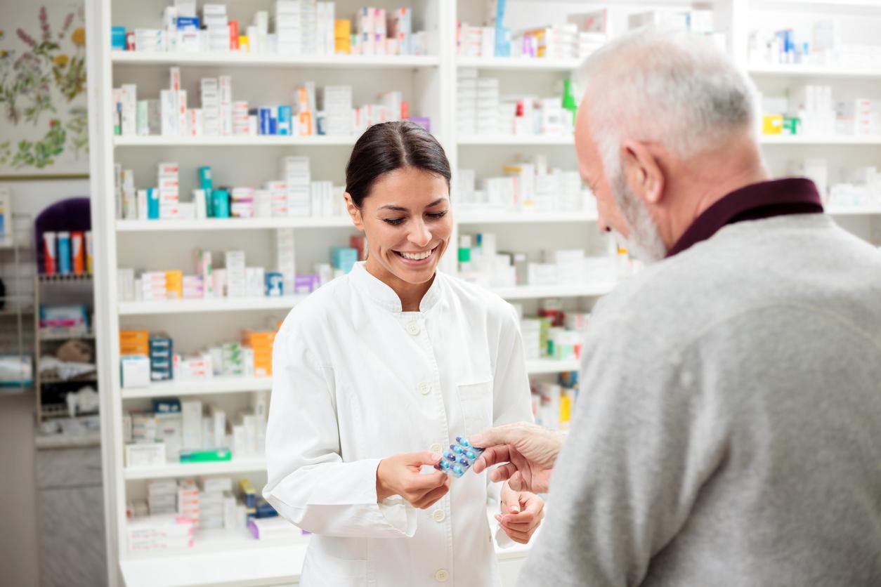 برقراری ارتباط کادر درمان با بیمار